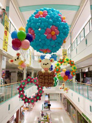 吹き抜け装飾 気球